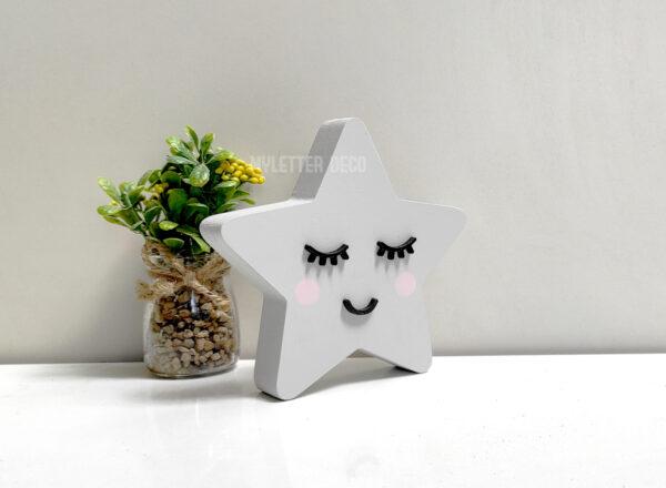 כוכבת מעץ לחדרי תינוקות